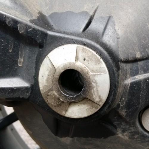 Final-Drive-Oil-Leak---01.jpg